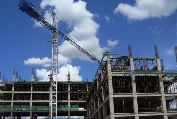 Antara Baja dan Beton Untuk Konstruksi
