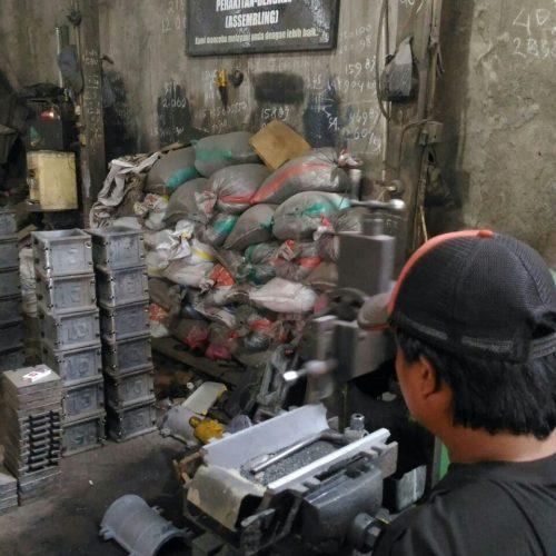 proses-produksi-cetakan-beton (11)