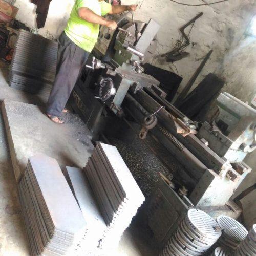 proses-produksi-cetakan-beton (5)